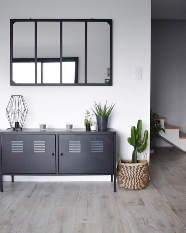 Commode de style industriel