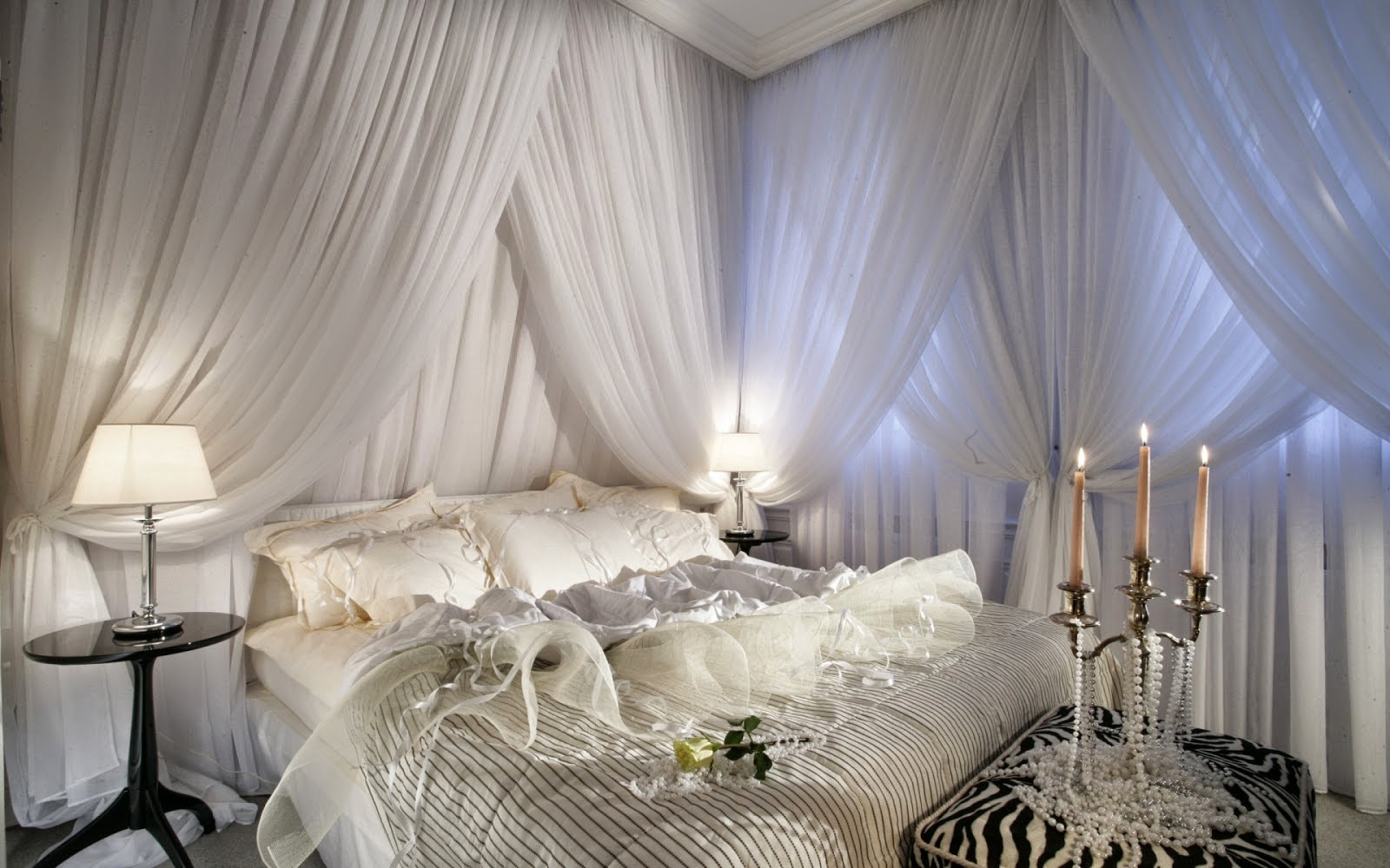 D coration chambre parents for Decoration fenetre romantique